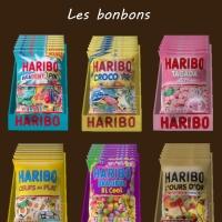Des paquets de bonbons