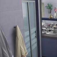 Blue - salle de bain - c�t� lavabos et WC